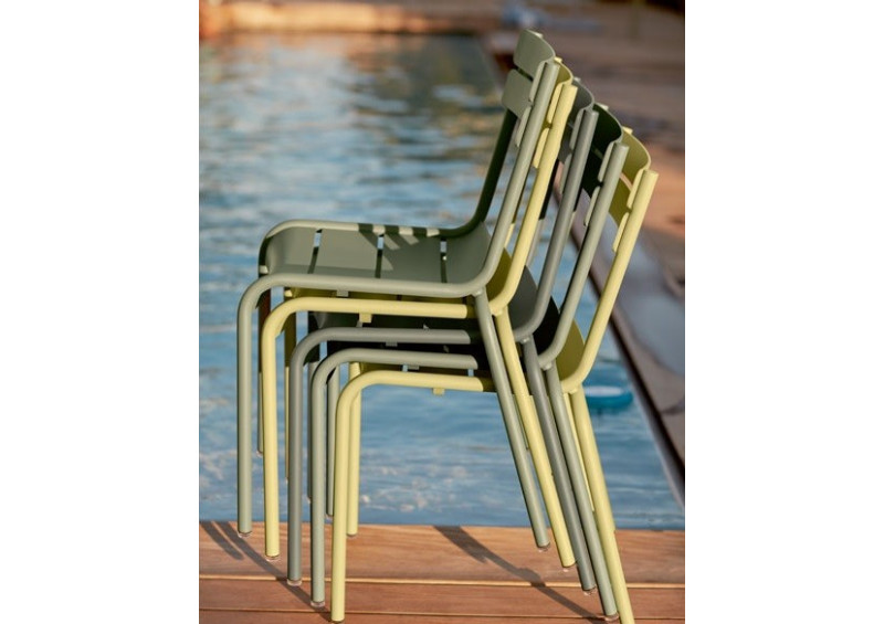 Chaise LUXEMBOURG empilable 24 coloris