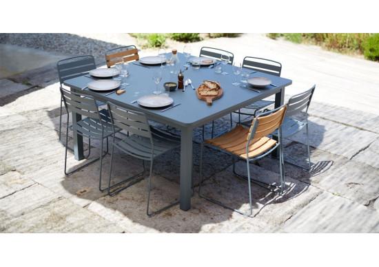 Table carr e craft fermob achat en ligne for Fermob table de jardin